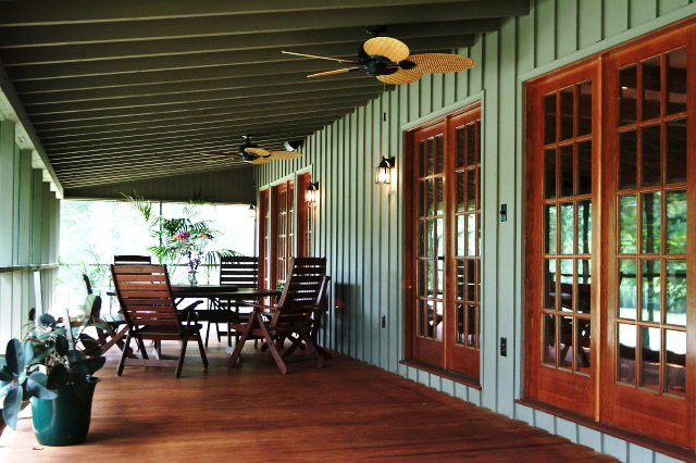 Sedgefield lakes screened in porch  After